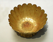 Cup shaped as a chrysanthemum flower.11th century, Northern Song dynasty (960-1127 AD) China (Northeast)