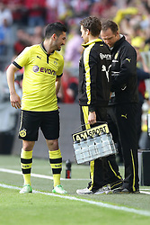 04.05.2013, Signal Iduna Park, Dortmund, GER, 1. FBL, Borussia Dortmund vs FC Bayern Muenchen, 32. Runde, im Bild Ilkay GUENDOGAN (Borussia Dortmund - BVB - 8) verletzt muss raus // during the German Bundesliga 32th round match between Borussia Dortmund and FC Bayern Munich at the Signal Iduna Park, Dortmund, Germany on 2013/05/04. EXPA Pictures © 2013, PhotoCredit: EXPA/ Eibner/ Gerry Schmit..***** ATTENTION - OUT OF GER *****