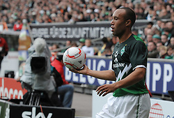 18.09.2010, Weserstadion, Bremen, GER, 1. FBL, Werder Bremen vs 1. FSV Mainz 05, im Bild Mikaël Silvestre (Bremen #16)   EXPA Pictures © 2010, PhotoCredit: EXPA/ nph/  Frisch+++++ ATTENTION - OUT OF GER +++++