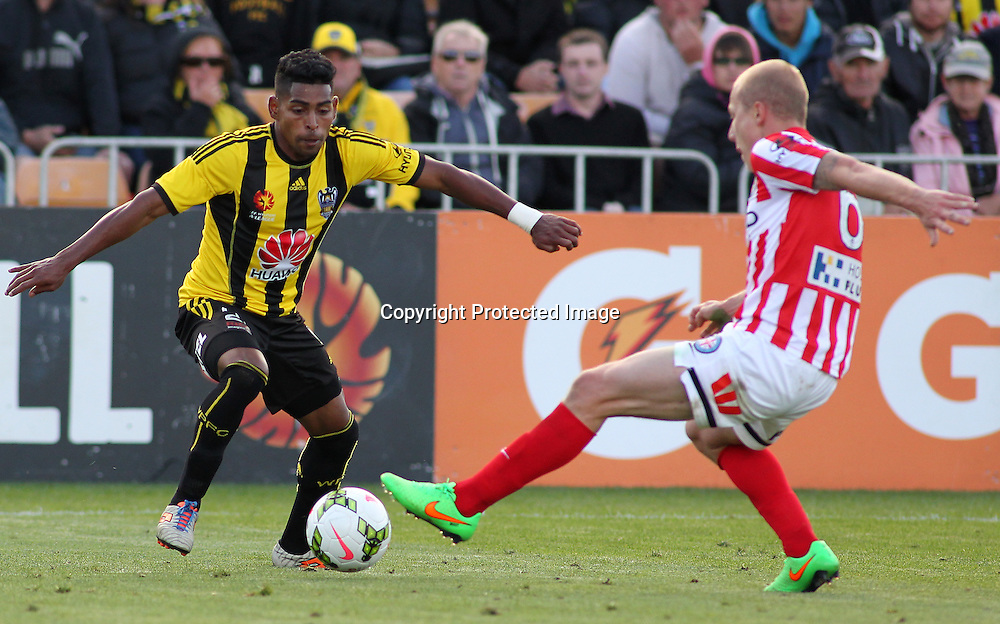 Phoenix' Roy Krishna on the ball during the A-League football match between the Wellington Phoenix & Melbourne City, at the Hutt Recreational Ground, Wellington, 14 February 2015. Photo.: Grant Down / www.photosport.co.nz