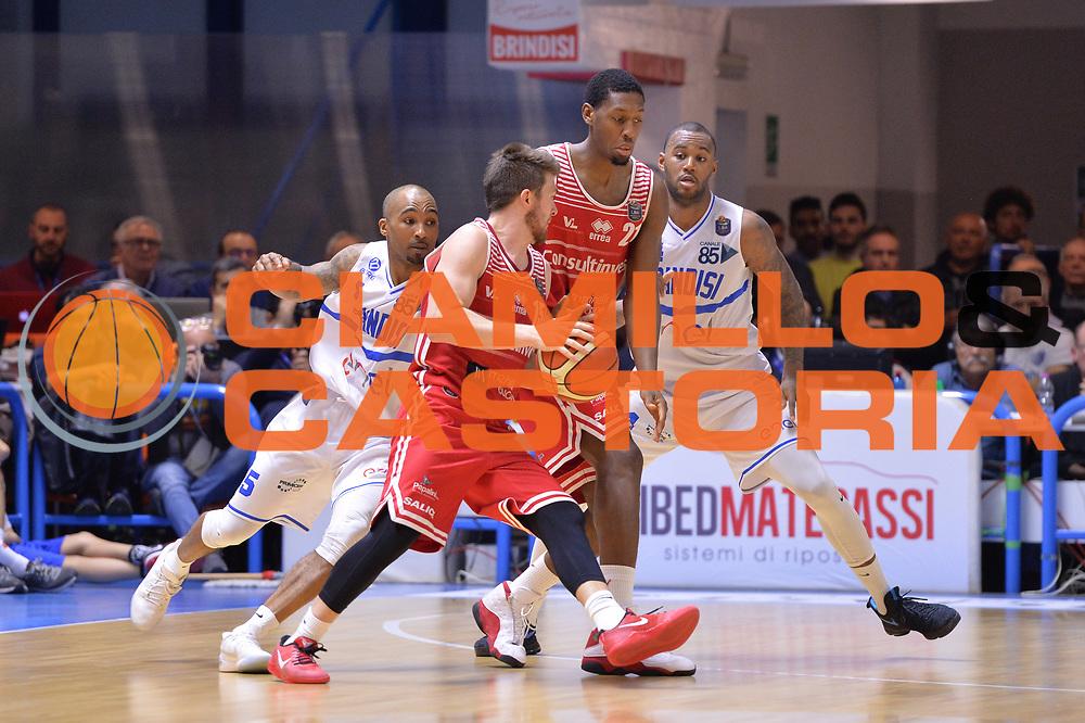 Jones Jerrod, Ceron Marco<br /> Enel Brindisi - Consultinvest Pesaro<br /> BASKET Serie A 2016 <br /> Brindisi 09/04/2017<br /> FOTO CIAMILLO / M.Longo