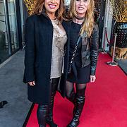 NLD/Amsterdam/20170324 - Uitreiking 2de editie XXXL Magazine, Esther Oosterbeek en Anita Heilker
