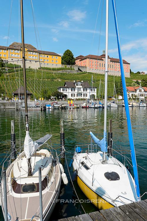 Meersburg petite ville médiévale située au bord du lac de Constance, Bade-Wurtemberg, Allemagne. / Medieval town Meersburg on Lake Constance, Bade-Wurtemberg, Germany