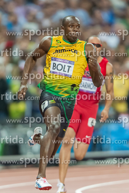 09.08.2012, Olympia Stadion, London, GBR, Olympia 2012, Leichtathletik, im Bild USAIN BOLT 7 WALLACE SPEARMON 6 // during Athletics, at the 2012 Summer Olympics at the Olympic Stadium, London, United Kingdom on 2012/08/09. EXPA Pictures © 2012, PhotoCredit: EXPA/ Newspix/ Sebastian Borowski..***** ATTENTION - for AUT, SLO, CRO, SRB, SUI and SWE only *****