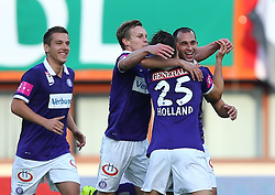 09.11.2014, Ernst Happel Stadion, Wien, AUT, 1. FBL, SK Rapid Wien vs FK Austria Wien, 15. Runde, im Bild Torjubel mit dem Torschuetzen Omar Damari (FK Austria Wien) // during a Austrian Football Bundesliga Match, 15th Round, between SK Rapid Vienna and FK Austria Vienna at the Ernst Happel Stadion, Wien, Austria on 2014/11/09. EXPA Pictures © 2014, PhotoCredit: EXPA/ Thomas Haumer