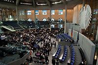 30 JUN 2010, BERLIN/GERMANY:<br /> Uebersicht waehrend dem 3. Wahlgang, Sitzung der Bundesversammlung mit Wahl des Bundespraesidenten, Plenum, Deutscher Bundestag<br /> IMAGE: 20100630-01-169<br /> KEYWORDS: Übersicht