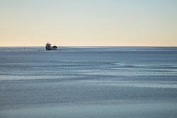 Skib på vej ud fra Esbjerg Havn