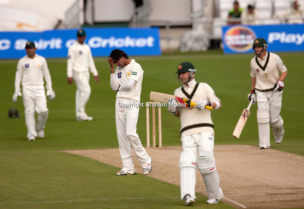 Mohammad Amir after being hit for four by Michael Clarke during the second MCC Spirit of Cricket Test Match between Pakistan and Australia at Headingley, Leeds.  Photo: Graham Morris (Tel: +44(0)20 8969 4192 Email: sales@cricketpix.com) 23/07/10