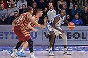 DESCRIZIONE : Campionato 2015/16 Serie A Beko Dinamo Banco di Sardegna Sassari - Umana Reyer Venezia<br /> GIOCATORE : Christian Eyenga<br /> CATEGORIA : Palleggio Controcampo<br /> SQUADRA : Dinamo Banco di Sardegna Sassari<br /> EVENTO : LegaBasket Serie A Beko 2015/2016<br /> GARA : Dinamo Banco di Sardegna Sassari - Umana Reyer Venezia<br /> DATA : 01/11/2015<br /> SPORT : Pallacanestro <br /> AUTORE : Agenzia Ciamillo-Castoria/L.Canu