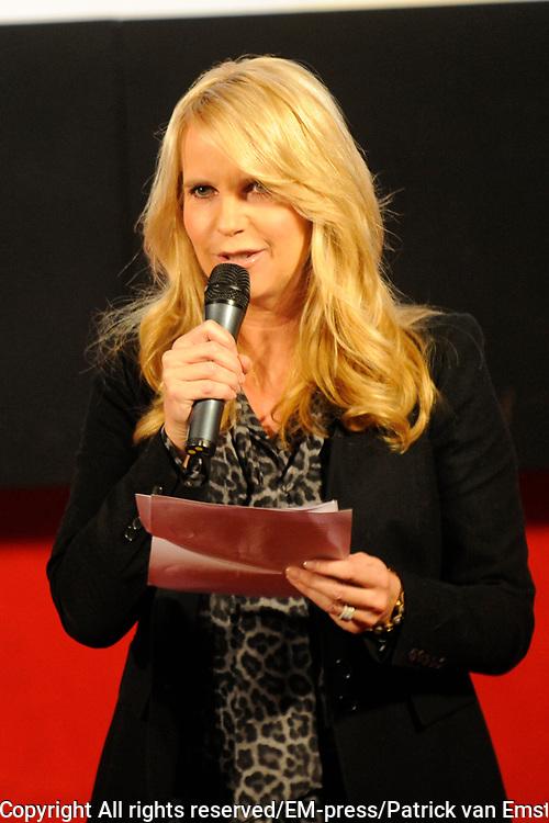 Perspresentatie van de  nieuwe komische dramaserie van RTL Divorce. De serie gaat over drie mannen die noodgedwongen, na een scheiding, bij elkaar intrekken.<br /> <br /> Op de foto:  Linda de Mol