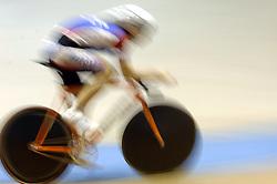 29-12-2006 WIELRENNEN: NK BAANRENNEN 2006: ALKMAAR<br /> Baanrennen wielrennen item banden spaken wiel <br /> ©2006-WWW.FOTOHOOGENDOORN.NL