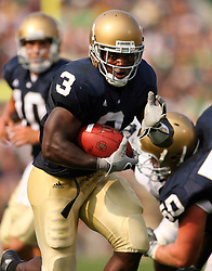 Sep. 9, 2006; South Bend, IN, USA; Notre Dame Fighting Irish linebacker (26) Travis Thomas carries the ball against the Penn State Nittany Lions at Notre Dame Stadium. Mandatory Credit: Matt Cashore-US PRESSWIRE © copyright (2006) Matt Cashore