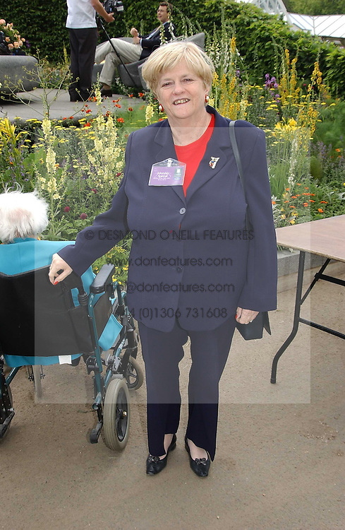 ANNE WIDDICOMBE at the 2005 RHS Chelsea Flower Show on 23rd May 2005<br />
