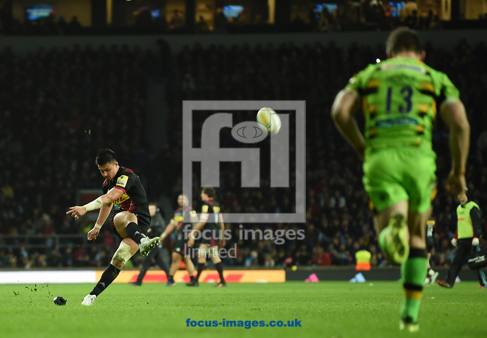 Marcus Smith of Harlequins kicks a conversion during the Aviva Premiership match at Twickenham Stadium, Twickenham<br /> Picture by Simon Dael/Focus Images Ltd 07866 555979<br /> 30/12/2017