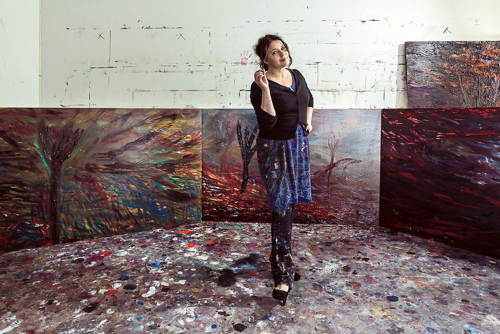 Taidemaalari Nanna Susi - Finnish painter Nanna Susi