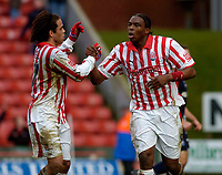 Photo. Glyn Thomas. 05/03/2005.<br />