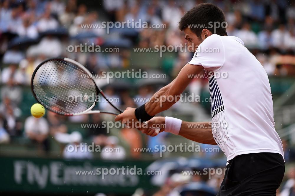 02.06.2017, Roland Garros, Paris, FRA, ATP Tour, French Open, im Bild Novak Djokovic (SRB) // Novak Djokovic (SRB) during the French Open Tournament of the ATP Tour at the Roland Garros in Paris, France on 2017/06/02. EXPA Pictures © 2017, PhotoCredit: EXPA/ Vianney Thibaut