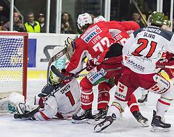 22.03.2019, Stadthalle, Klagenfurt, AUT, EBEL, EC KAC vs HCB Suedtirol Alperia, Viertelfinale, 5. Spiel, im Bild Jacob SMITH (HCB Suedtirol Alperia, #1), Siim LIIVIK (EC KAC, #72), Daniel GLIRA (HCB Suedtirol Alperia, #21) // during the Erste Bank Icehockey 5th quarterfinal match between EC KAC and HCB Suedtirol Alperia at the Stadthalle in Klagenfurt, Austria on 2019/03/22. EXPA Pictures © 2019, PhotoCredit: EXPA/ Gert Steinthaler