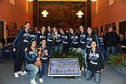 DESCRIZIONE : Roma Salone D Onore del Coni Nazionale Under 18 Femminile Presentazione Libro &quot;Ragazze d'Oro&quot;, &quot;Minibasket, l'emozione, la scoperta, il gioco&quot; e &quot;Mamma, giurami che qui non c'&egrave; il terremoto&quot;<br /> GIOCATORE : Nazionale Under 18 Femminile<br /> SQUADRA : <br /> EVENTO :  Nazionale Under 18 Femminile Presentazione Libro &quot;Ragazze d'Oro&quot;, &quot;Minibasket, l&Otilde;emozione, la scoperta, il gioco&quot; e &quot;Mamma, giurami che qui non c&Otilde; il terremoto&quot;<br /> GARA : <br /> DATA : 20/12/2010<br /> CATEGORIA : Presentazione Conferenza Stampa Ritratto<br /> SPORT : Pallacanestro <br /> AUTORE : Agenzia Ciamillo-Castoria/GiulioCiamillo<br /> Galleria : Lega Basket A 2010-2011 <br /> Fotonotizia : Roma Salone D Onore del Coni Nazionale Under 18 Femminile Presentazione Libro &quot;Ragazze d'Oro&quot;, &quot;Minibasket, l&Otilde;emozione, la scoperta, il gioco&quot; e &quot;Mamma, giurami che qui non c&Otilde; il terremoto&quot;<br /> Predefinita :