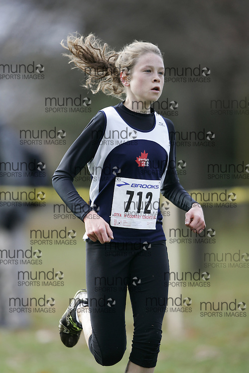 Toronto, Ontario ---16/11/08--- CAILEIGH SMITH runs in the youth girls race at the 2008 OTFA Cross Country Championships in Toronto, Ontario, November 16, 2008. .GEOFF ROBINS/ Mundo Sport Images