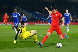 Edinson Cavani of Paris Saint-Germain beats the goalkeeper Thibaut Courtois of Chelsea - Photo mandatory by-line: Rogan Thomson/JMP - 07966 386802 - 11/03/2015 - SPORT - FOOTBALL - London, England - Stamford Bridge - Chelsea v Paris Saint-Germain - UEFA Champions League Round of 16 Second Leg.