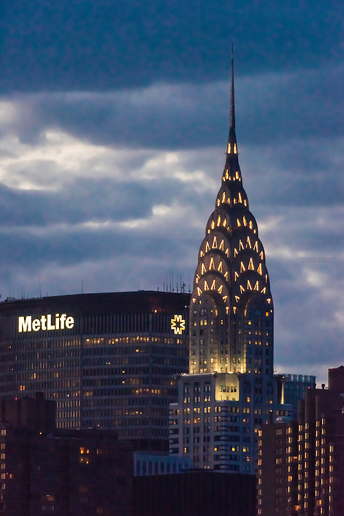 Met Life and Chrysler Buildings, Midtown Manhattan, New York City, New York USA.