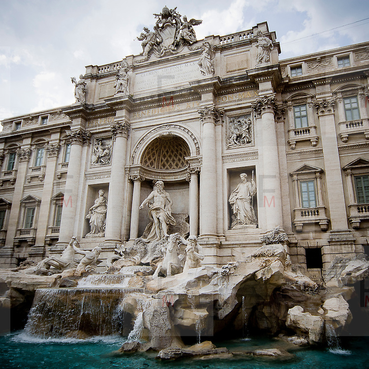 Fontana di Trevi..Trevi fountain