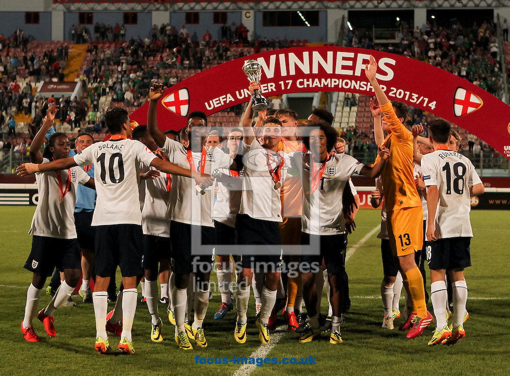 England celebrate with the trophy after the 2014 UEFA European Under-17 match at Ta' Qali National Stadium, Attard<br /> Picture by Tom Smith/Focus Images Ltd 07545141164<br /> 21/05/2014