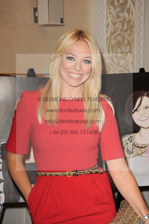 Singer LIZ McCLARNON at the Inspiration Awards For Women held at Cadogan Hall, Sloane Terrace, London on 6th October 2010.