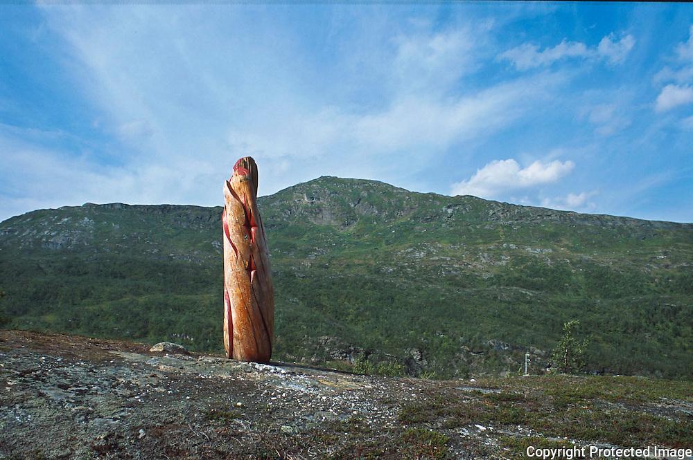 Skulptur av Ingunn Utsi fra Finnmark, Hattfjelldal<br /> dias
