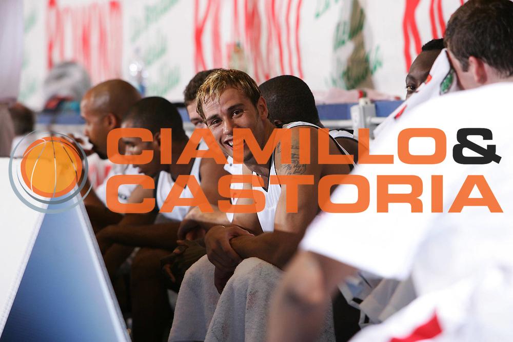 DESCRIZIONE : Bormio Trofeo Internazionale Diego Gianatti Canada Grecia <br /> GIOCATORE : English <br /> SQUADRA : Canada <br /> EVENTO : Bormio Trofeo Internazionale Diego Gianatti Canada Grecia <br /> GARA : Canada Grecia <br /> DATA : 22/07/2006 <br /> CATEGORIA : Ritratto <br /> SPORT : Pallacanestro <br /> AUTORE : Agenzia Ciamillo-Castoria/S.Silvestri