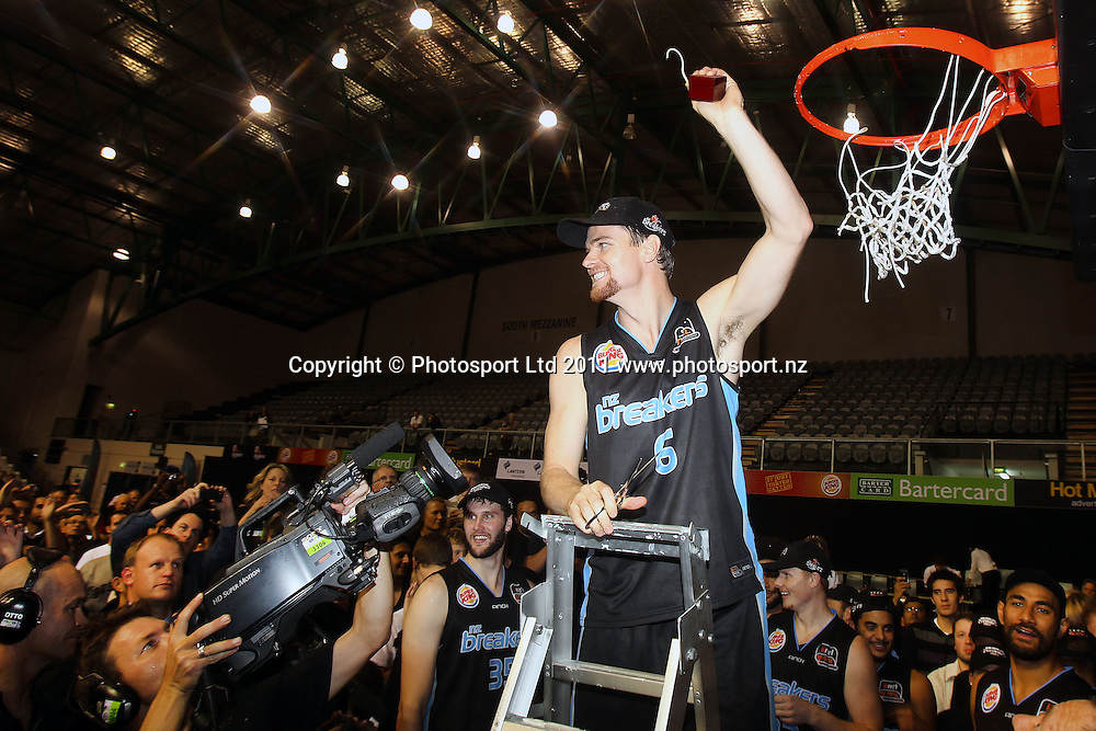 Breakers' Kirk Penney cuts the net. iinet ANBL, Grand Final Game 3, New Zealand Breakers vs Cairns Taipans, North Shore Events Centre, Auckland, New Zealand. Friday 29th April 2011. Photo: Anthony Au-Yeung / photosport.co.nz