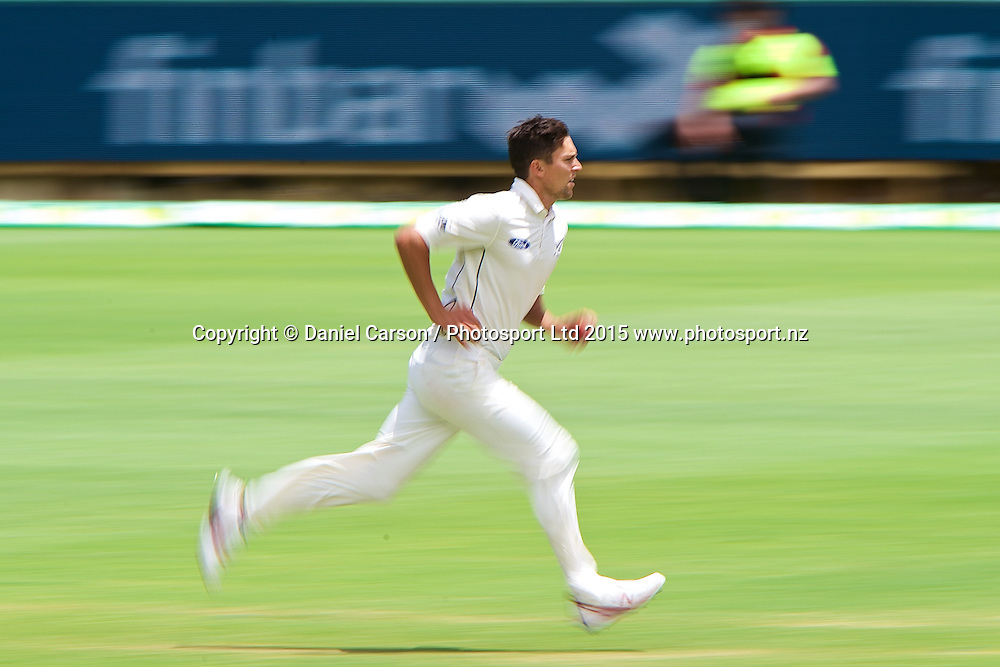 Trent Boult of the New Zealand Black Caps runs in to bowl during Day 5 on the 17th of November 2015. The New Zealand Black Caps tour of Australia, 2nd test at the WACA ground in Perth, 13 - 17th of November 2015.   Photo: Daniel Carson / www.photosport.nz