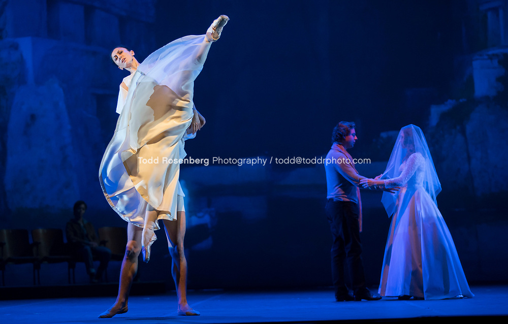 9/15/17 7:15:14 PM <br /> Lyric Opera of Chicago<br /> <br /> Orph&eacute;e et Eurydice Piano run through<br /> <br /> &copy; Todd Rosenberg Photography 2017