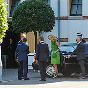 NLD/Apeldoorn/20130905- Uitreiking Droomboek aan koning Willem Alexander en koninging Maxima, aankomst
