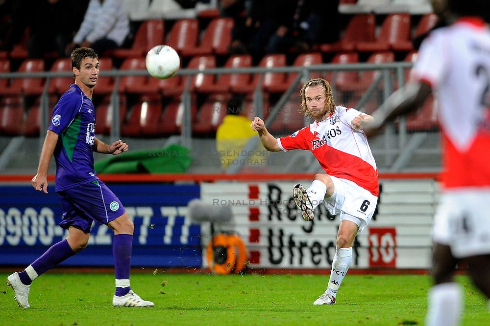 23-09-2009 VOETBAL: UTRECHT - GRONINGEN: UTRECHT<br /> Utrecht verliest met4-2 van Groningen en is daarmee uitgeschakeld in de KNVB beker / Gregoor van Dijk<br /> &copy;2009-WWW.FOTOHOOGENDOORN.NL