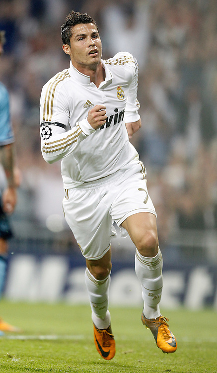 27.09.2011, Bernabeu-Stadion, Madrid, ESP, UEFA CL, Gruppe D, Real Madrid (ESP) vs Ajax Amsterdam (NED), im Bild Real Madrid's Cristiano Ronaldo celebrates // during the UEFA Champions League game, group D, Real Madrid (ESP) vs Ajax Amsterdam (NED) at Bernabeu-Stadion in Madrid, Spain on 2011/09/27. EXPA Pictures © 2011, PhotoCredit: EXPA/ Alterphoto/ Alvaro Hernandez +++++ ATTENTION - OUT OF SPAIN/(ESP) +++++