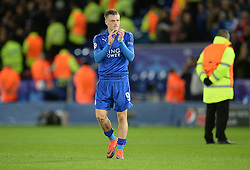 Jamie Vardy of Leicester City claps the home fans at full time. - Mandatory by-line: Alex James/JMP - 18/10/2016 - FOOTBALL - King Power Stadium - Leicester, England - Leicester City v FC Copenhagen - UEFA Champions League