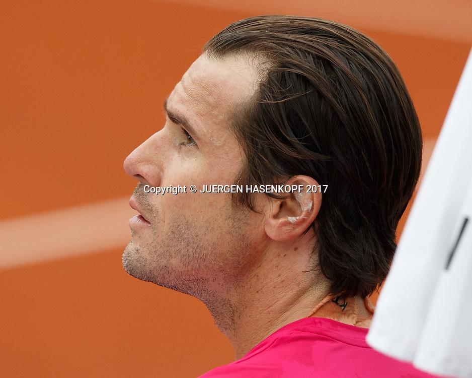 TOMMY HAAS (GER) waehrend der Spielpause, Klebeband im Ohr, Portrait,<br /> <br /> Tennis - BMW Open2017 -  ATP  -  MTTC Iphitos - Munich -  - Germany  - 1 May 2017.