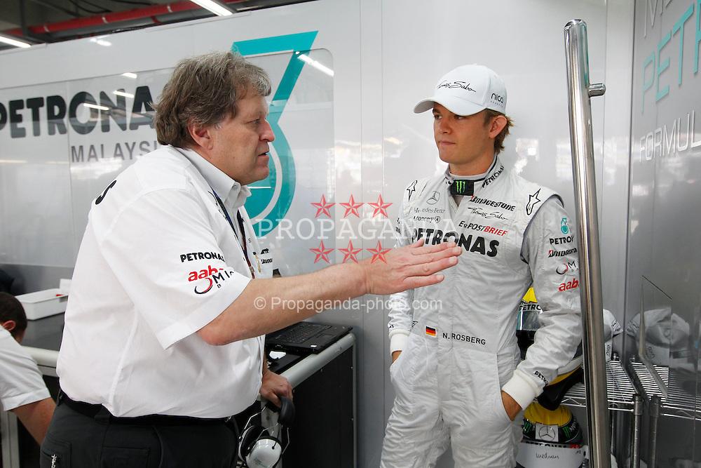 Motorsports / Formula 1: World Championship 2010, GP of Korea, Norbert Haug (GER, Mercedes GP Petronas), 04 Nico Rosberg (GER, Mercedes GP Petronas),