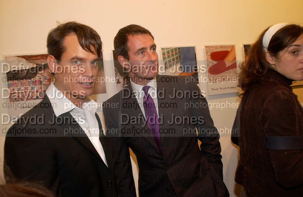 Tim  Jefferies and Matthew Mellon, Matthew Mellon celebrates Famous Feet, Hamiltons Gallery. 22 November 2004. SUPPLIED FOR ONE-TIME USE ONLY> DO NOT ARCHIVE. © Copyright Photograph by Dafydd Jones 66 Stockwell Park Rd. London SW9 0DA Tel 020 7733 0108 www.dafjones.com