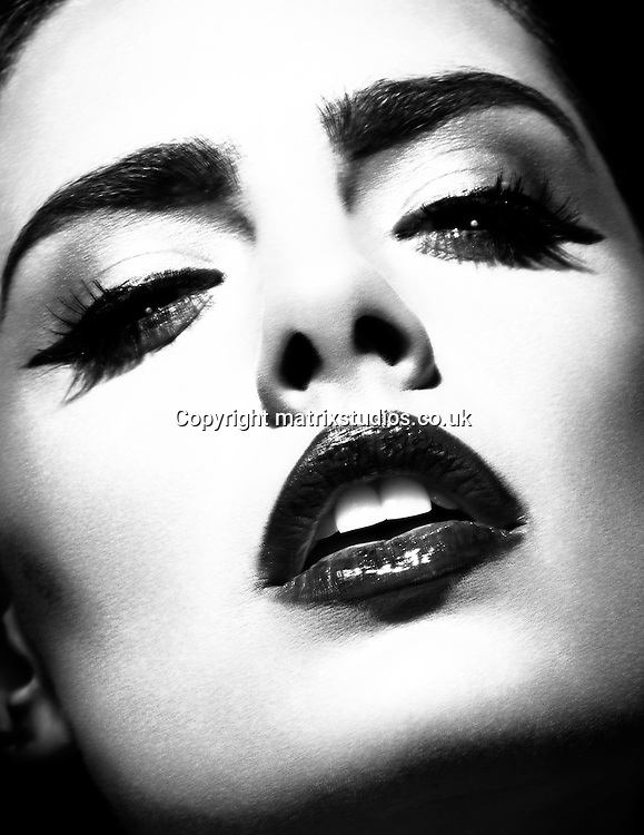 EXCLUSIVE PICTURE: MATRIXSTUDIOS.CO.UK.PLEASE CREDIT ALL USES..WORLD RIGHTS..***FEES TO BE AGREED BEFORE USE***..Fashion Model Beau Dunn Studio Shoot. .REF: DWN 122261