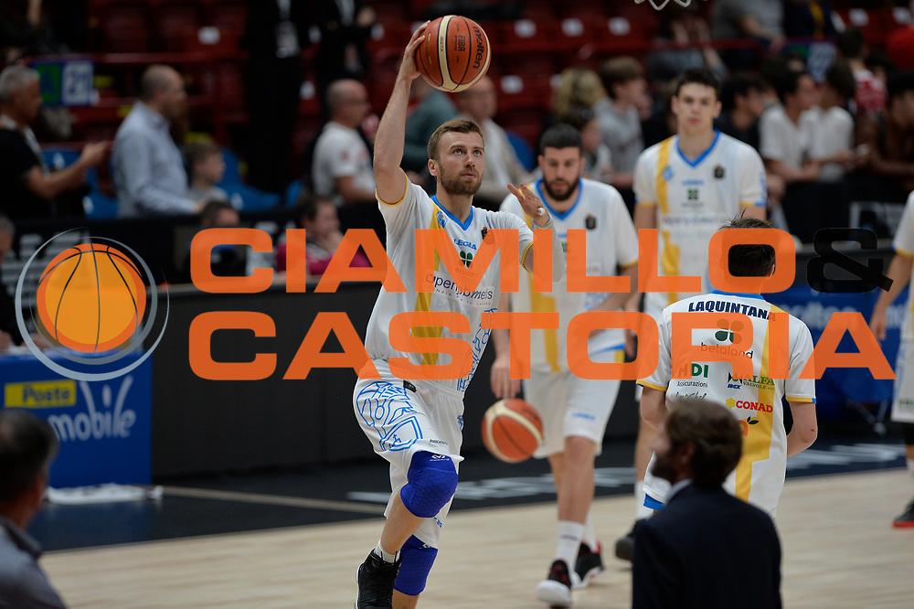 Pawel Kikowski<br /> Olimpia EA7 Emporio Armani Milano vs Vanoli Cremona<br /> Lega Basket Serie A 2016/2017<br /> PlayOff semifinale gara 2<br /> Milano 14/05/2017<br /> Foto Ciamillo-Castoria / I.Mancini