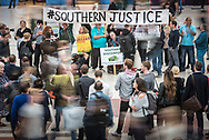 Victoria Station, London, UK. September 29th 2016.  Demonstrators stage a protest at Victoria station to send a message to the Department for Transport (DfT) that train passengers are unhappy about the handling of the Southern Rail franchise. The demonstration, organised by the Association of British Commuters (ABC), has been crowdfunding for a judicial review into the DfT's handling of the Southern Rail franchise and according to their website are still waiting for documents that could highlight whether Govia Thameslink has been in breach of their contract. // Lee Thomas, Flat 47a Park East Building, Bow Quarter, London, E3 2UT. Tel. 07784142973. Email: leepthomas@gmail.com. www.leept.co.uk (0000635435)