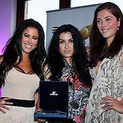 NLD/Amsterdam/20110521 - Amsterdam fashion Gala 2011, Melissa Sneekes , met Award winnares Graziella Ferraro en .....