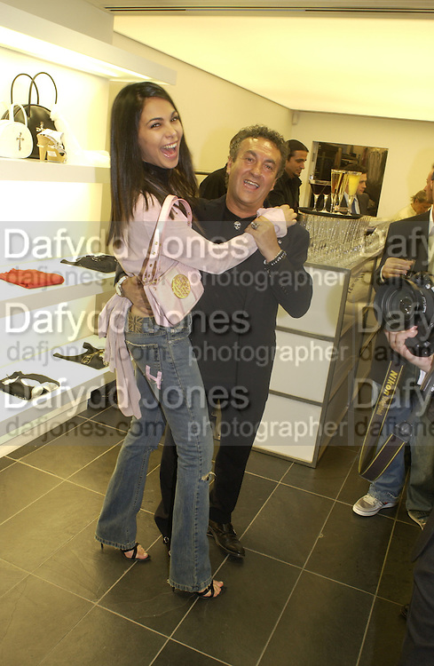 Moran Atias, John Richmond shop opening, Conduit St. 12 May 2004. SUPPLIED FOR ONE-TIME USE ONLY> DO NOT ARCHIVE. © Copyright Photograph by Dafydd Jones 66 Stockwell Park Rd. London SW9 0DA Tel 020 7733 0108 www.dafjones.com