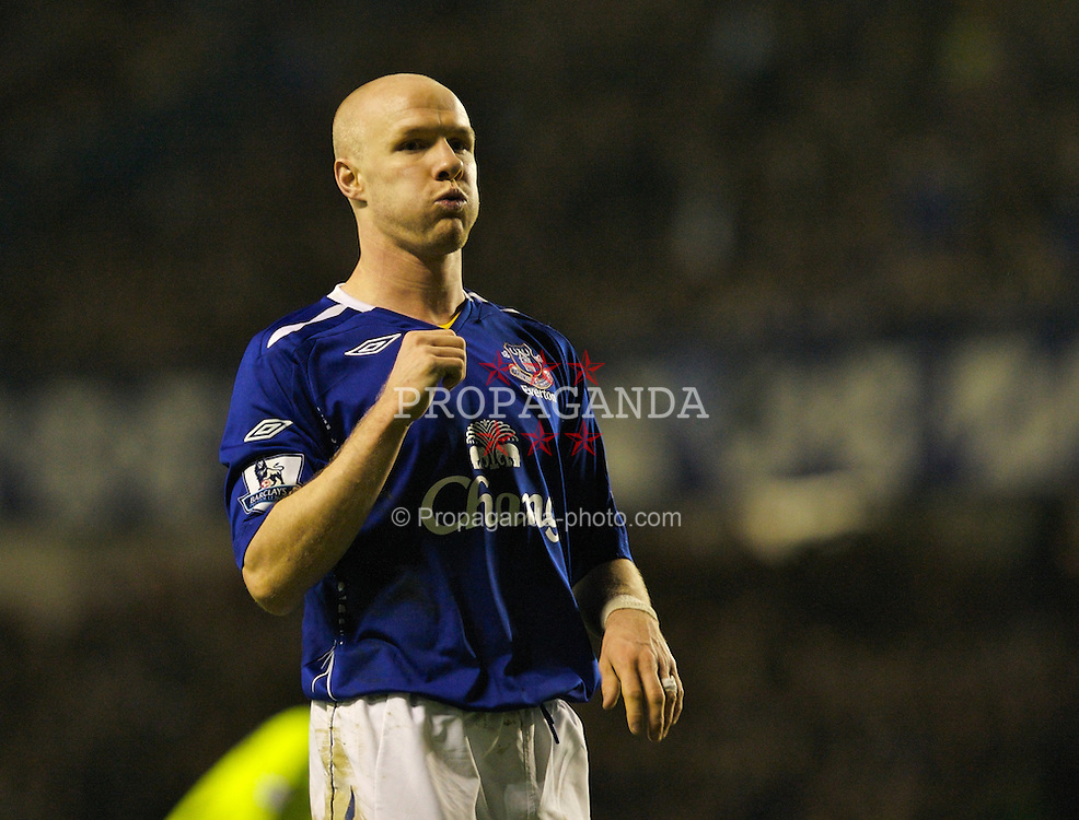 LIVERPOOL, ENGLAND - Wednesday, January 23, 2008: Everton's Andy Johnson rues a missed chance against Chelsea during the League Cup Quarter-Final 2nd Leg match at Goodison Park. (Photo by David Rawcliffe/Propaganda)
