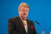 09 DEC 2014, KOELN/GERMANY:<br /> Elmar Brok, MdEP, CDU, Vorsitzender des Ausschusses fuer Auswaertige Angelegenheiten des Europaeischen Parlaments, haelt eine Rede, CDU Bundesparteitag, Messe Koeln<br /> IMAGE: 20141209-01-160<br /> KEYWORDS: Party Congress