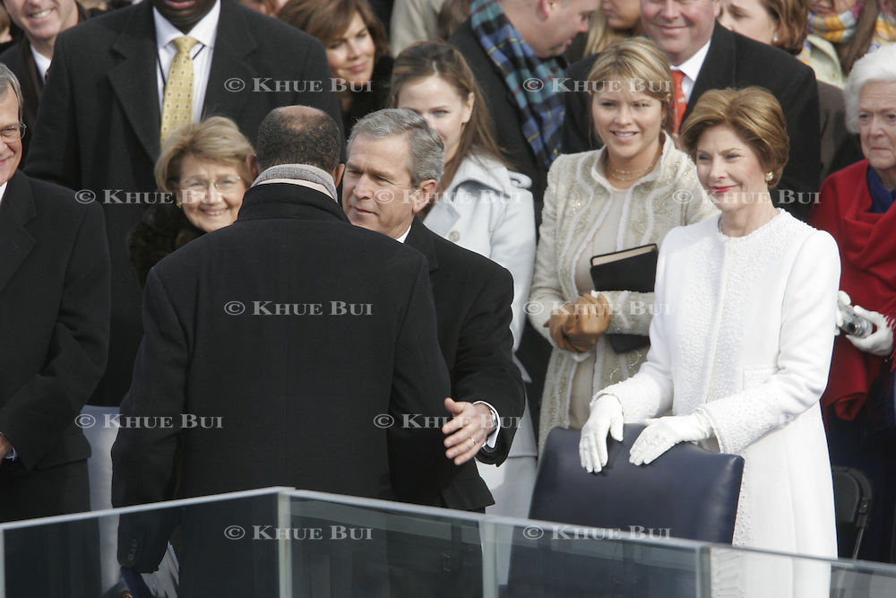 President Bush and the first familyafter his swearing-in Jan. 20, 2005, at the US Capitol in Washington, DC.  Barbara Bush, Jenna Bush, Larau Bush...Photo by Khue Bui..