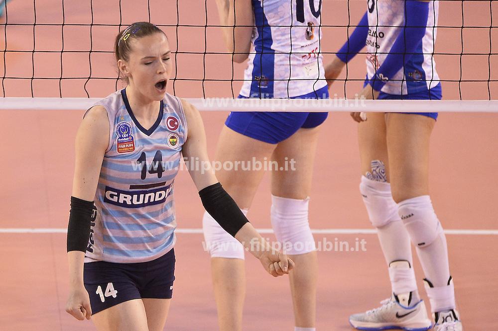 Fenerbahce Istanbul - Dinamo Kazan<br /> Eda Erdem Dundar of Fenerbahce Grundig Istanbul